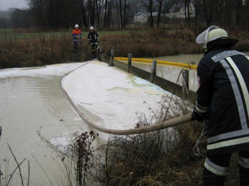 23.02.2012 Verschmutztes Gewässer